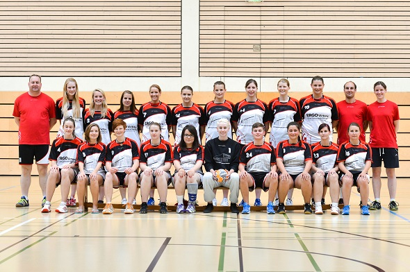 Damen 2 Mannschaftsbild 2013